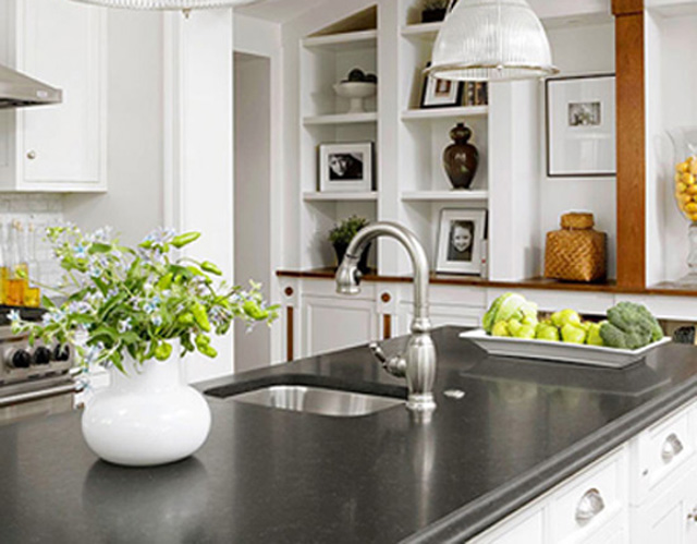 Cleaning-Countertops